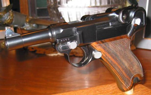 John Martz Baby Luger in 9mm with MSTR