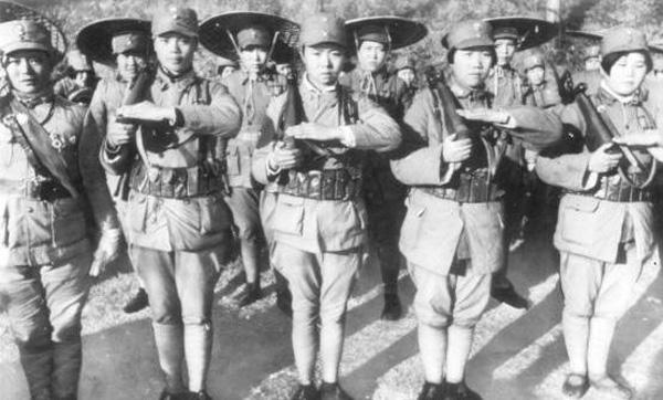 Китайские добровольцы Гоминьдана с Маузерами
