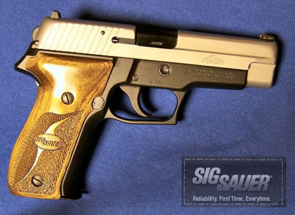 Пистолет Sig Sauer P226 SAS
