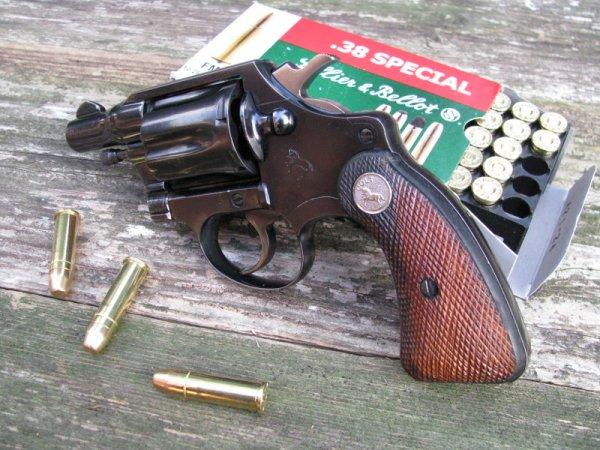 Colt Detective Special 38-�� �������, 1950 ���� �������