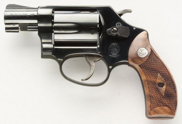 Smith & Wesson Model 36 Chief's Special подпатрон .38 Special