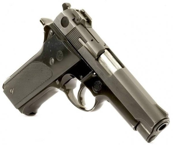 9 мм пистолет Smith & Wesson Model 59