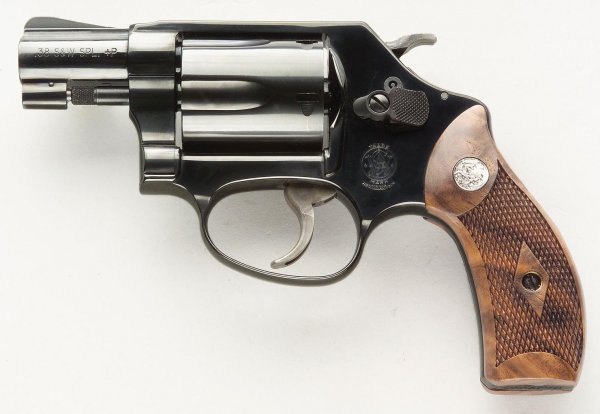 Smith & Wesson Model 36 Chief's Special