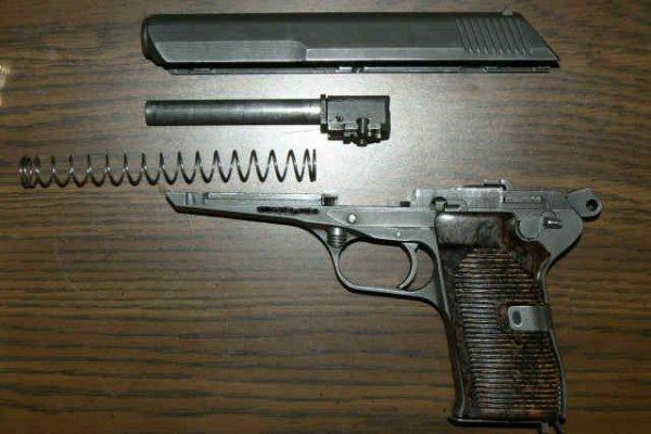 Неполная разборка пистолета CZ 52