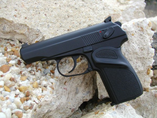 Кастомизированный пистолет Макарова / Makarov custom pistol