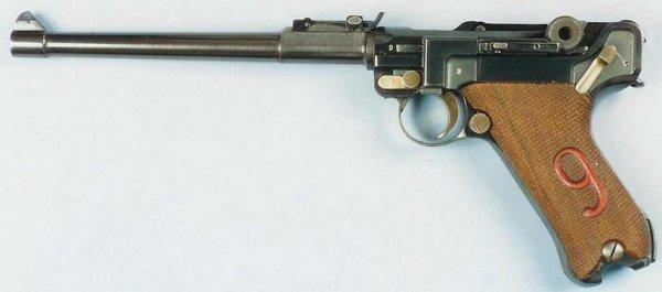 Экспериментальный пистолет LP.08 с возможностью ведения автоматической стрельбы очередями