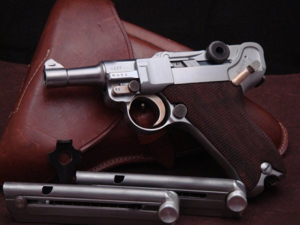 Пистолет Baby Luger с механизмом MSTR Джона Марца