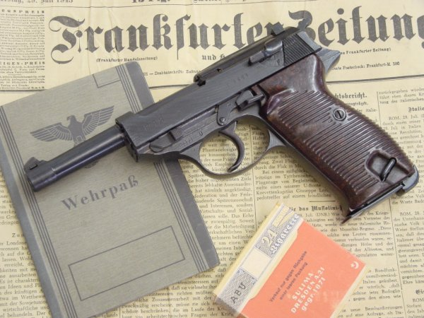 Пистолет Walther P.38 производства Spree-Werke GmbH с кодом