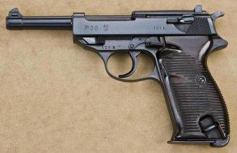 Пистолет Walther P.38 с клеймом