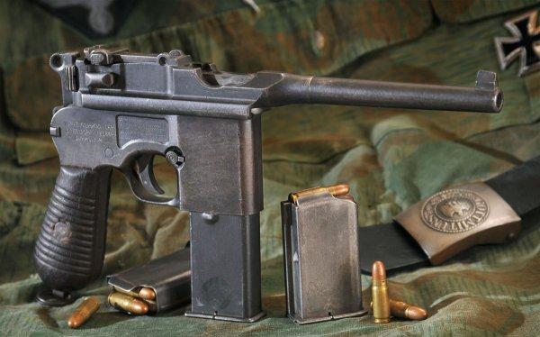 Пистлет Mauser M.712 с отъемными коробчатыми магазинами и патронами 7,63×25