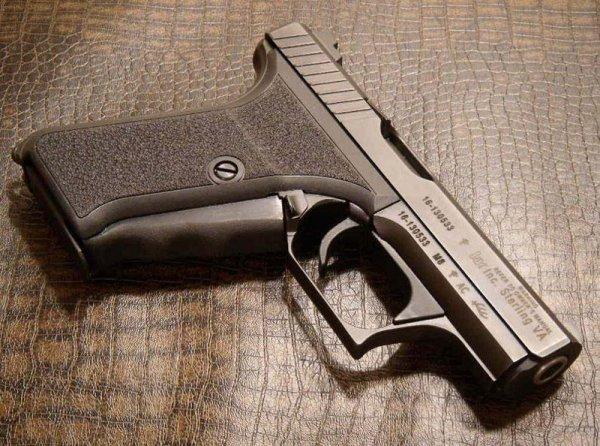 Пистолет HK P7 M8