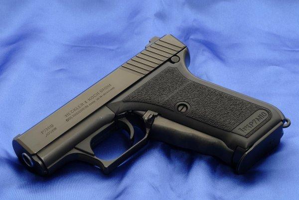 Пистолет HK P7 M10
