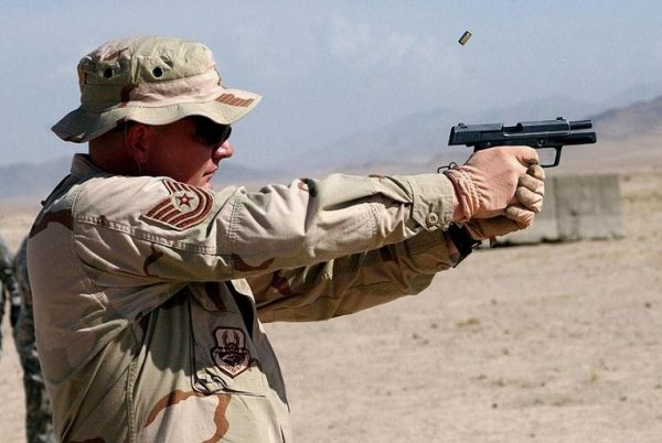 Пистолет HK P8, Афганистан, 2008 г.