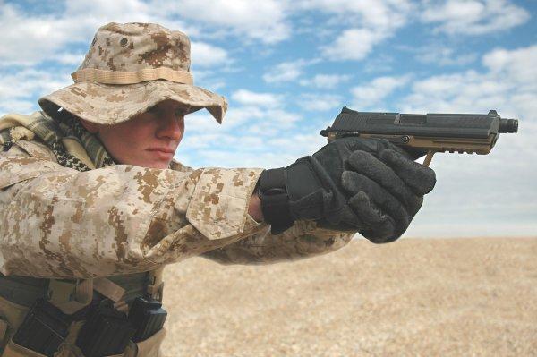 Пистолет HK 45 - первый вариант для конкурса Joint Combat Pistol