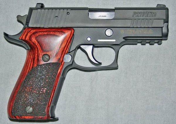 Пистолет Sig Sauer P220 Carry Elite