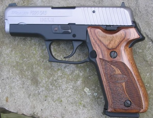 Sig Sauer P220 Carry SAS