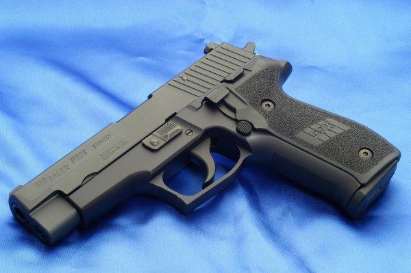 Пистолет Sig Sauer P226 раннего выпуска