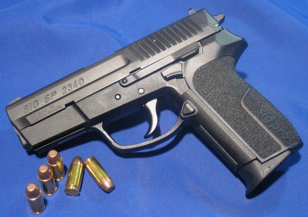 Пистолет Sig Sauer SIG PRO SP 2340