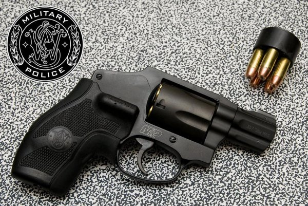 Smith & Wesson Model M&P 340