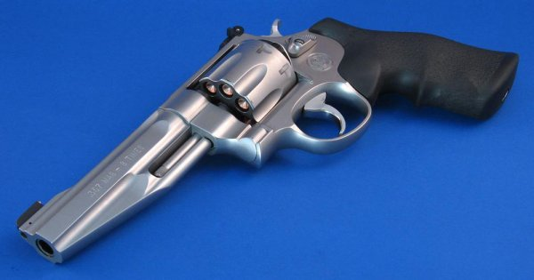Револьвер Smith & Wesson Model 627